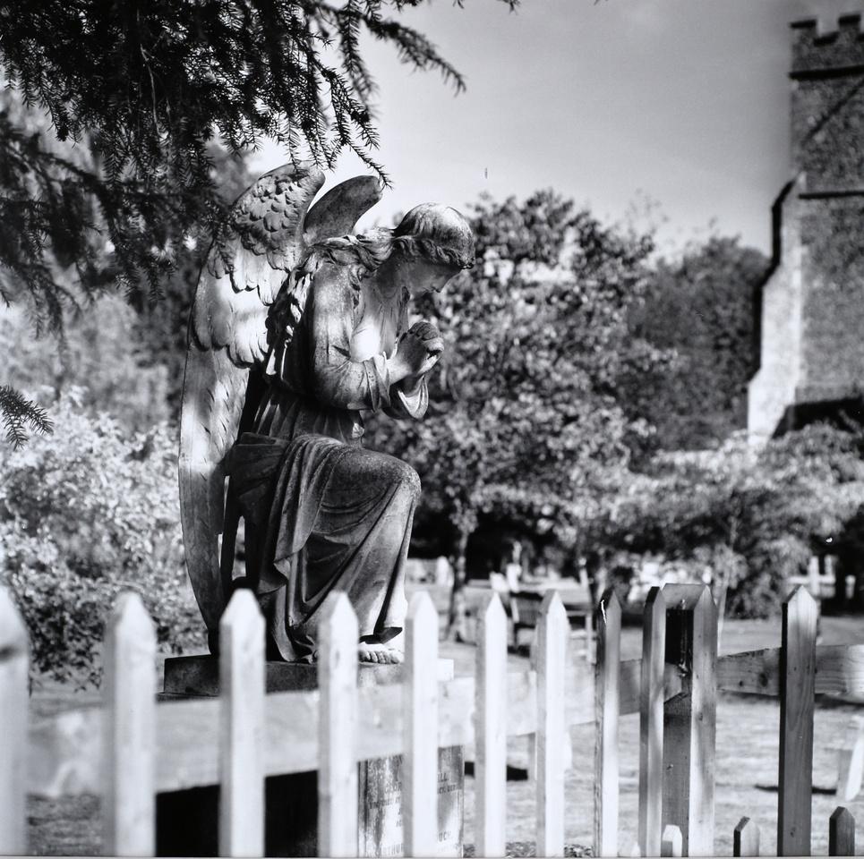 Christ Church Churchyard,Crookham