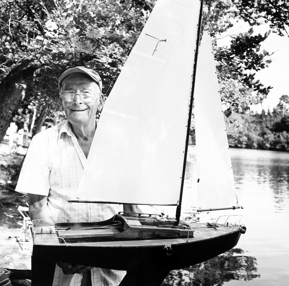 John,model boatbuilder